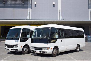 従業員シャトルバス マイクロバス2台